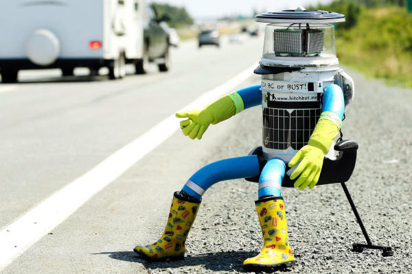 Hitchbot_The-Canadian-Robot